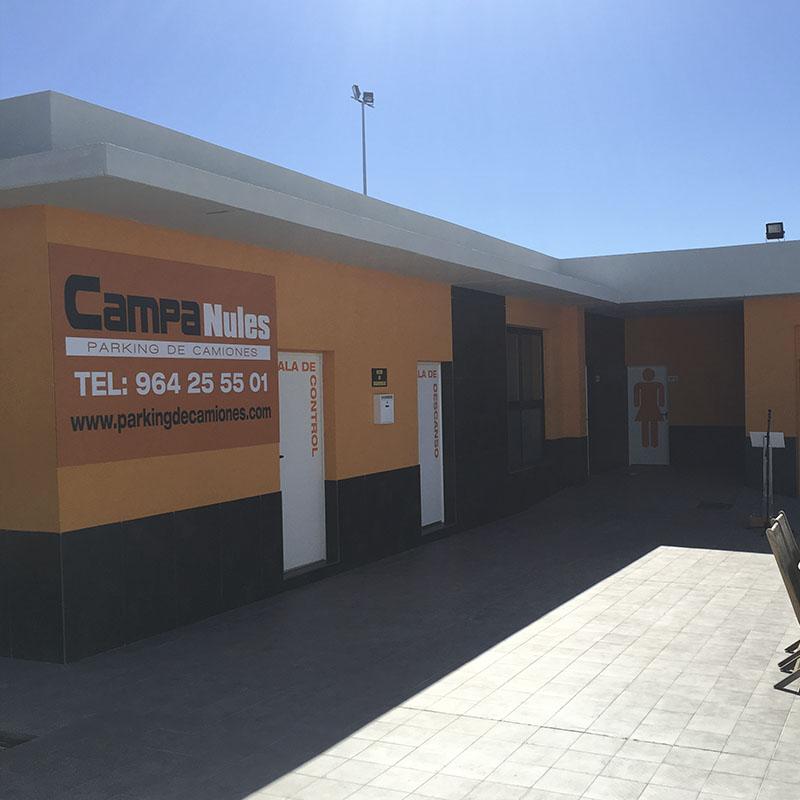 Edificio principal parking camiones Castellón