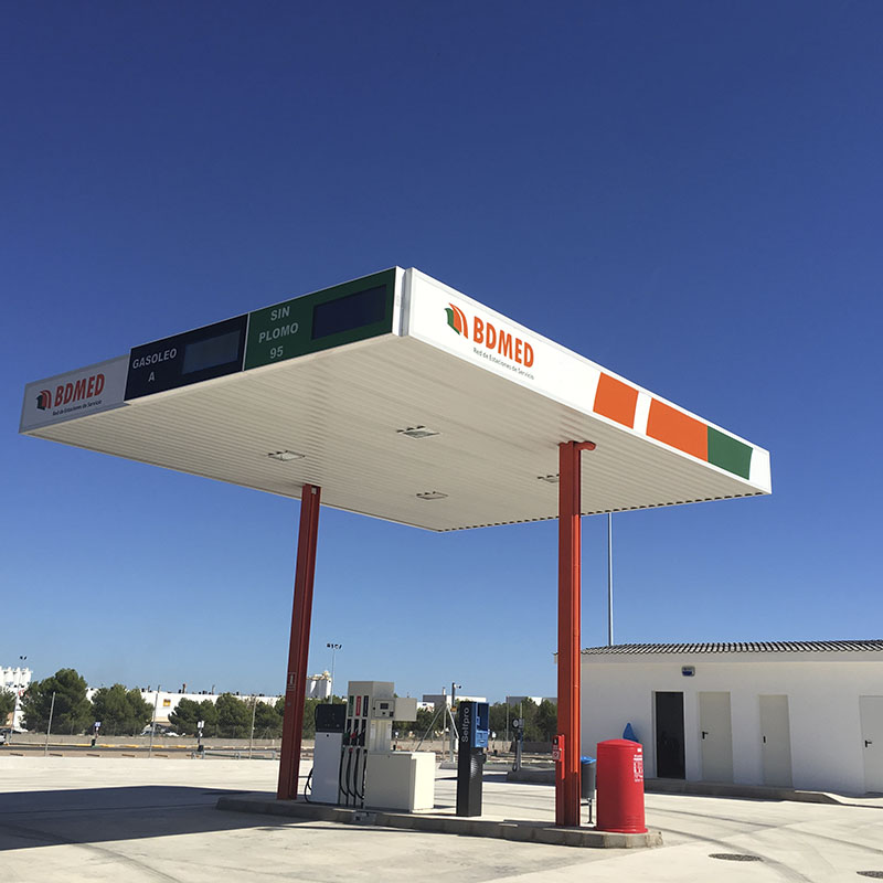 Gasolinera Low Cost parking de camiones en Castellón